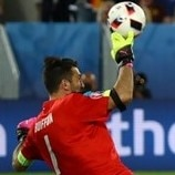 Buffon brilliance buoys Italy