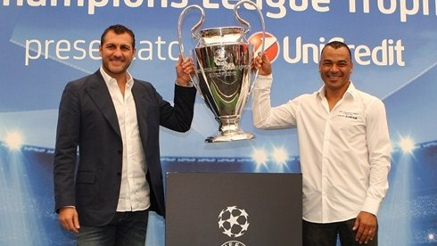 Trophy Tour stops in Rome