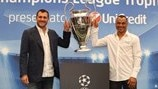 Christian Vieri and Cafu show off the trophy at the final stop of the Italian leg of the tour