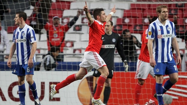 Javi García rallies Benfica troops