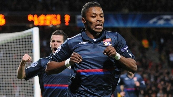 Lyon to test Bordeaux's home rule
