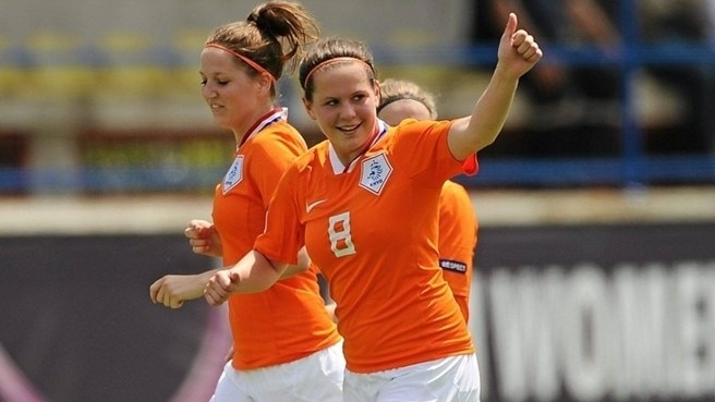 Van Dongen replaces Van den Berg for Oranje