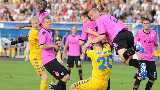 BATE and FCK draw a blank