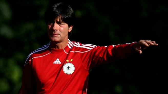Löw backs Ballack and Neuer