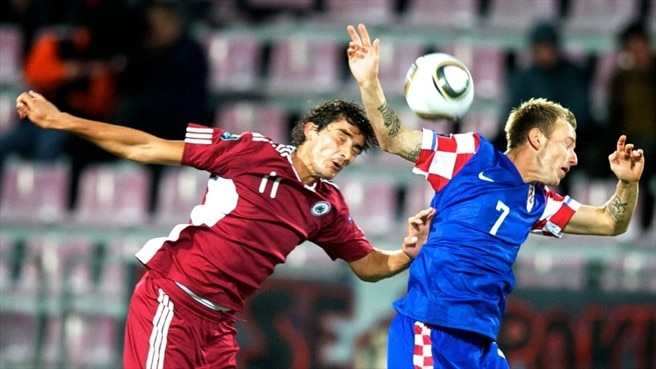 Modrić back in Croatia fold