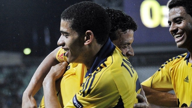 Metalist dazzle against ten-man Debrecen