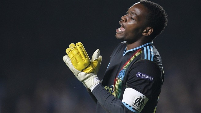 Mandanda rallies Marseille ranks