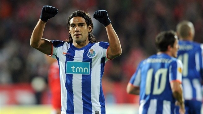 Falcao swoops to give Porto perfect start