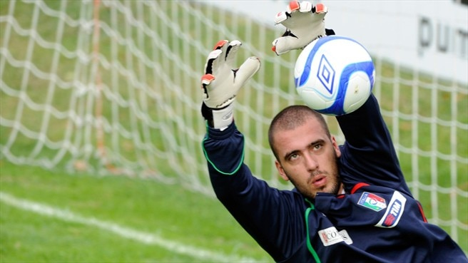 Viviano faces up to six months on the sidelines