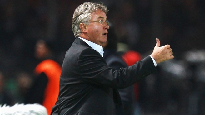 Hiddink casts net for new Turkey talent