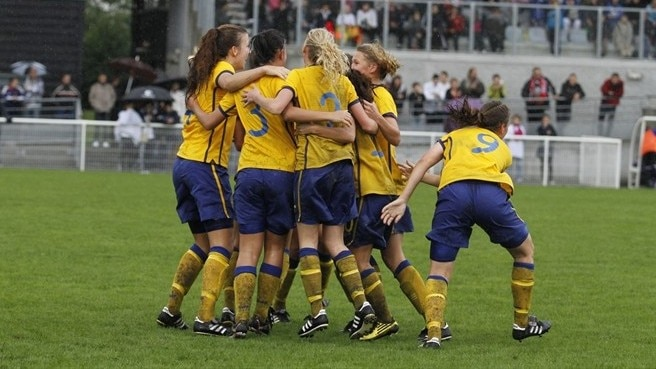 Stegius inspires Sweden past France