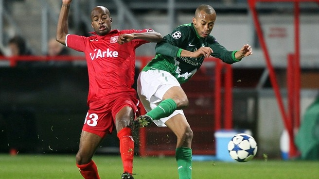 Bremen and Twente both chase first win
