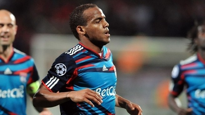 Briand asks Lyon to heed Benfica warning