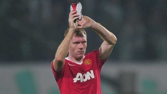 'Unbelievable' Scholes ends United playing career