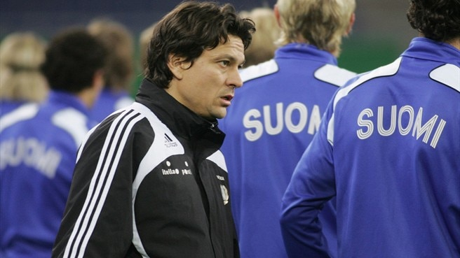 Litmanen looks to lead HJK defence