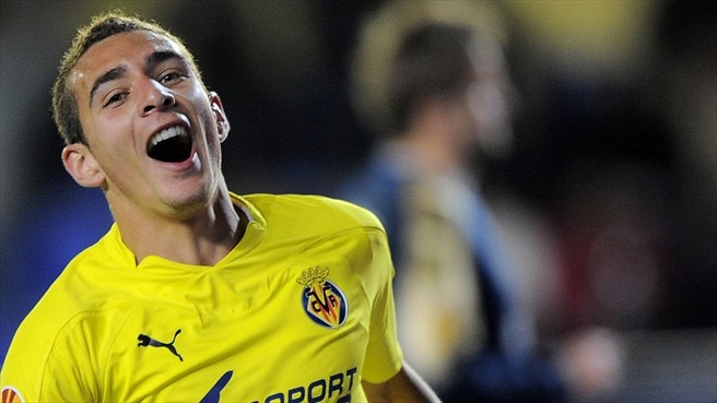 Vivacious Villarreal ease into next stage