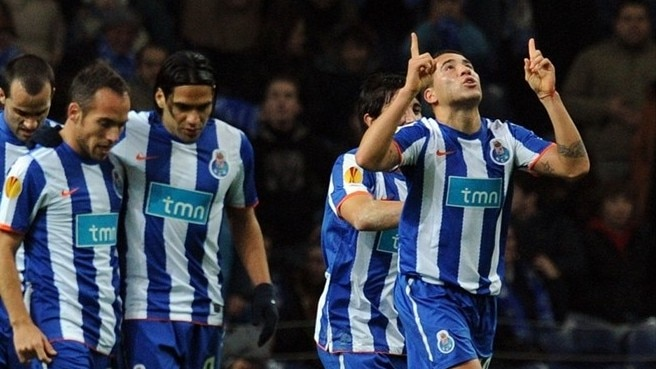 Porto put on a spurt to sink CSKA Sofia