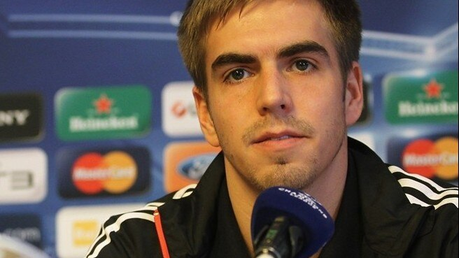 Lahm ducks talks of Bayern revenge