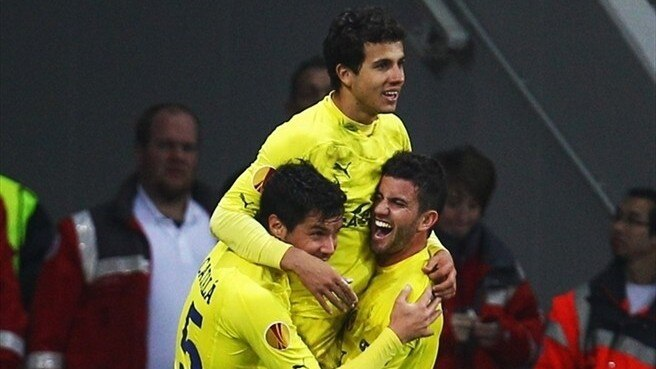 Two-goal Nilmar urges Villarreal caution
