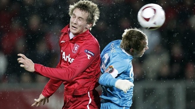 De Jong at the double as Twente down Zenit