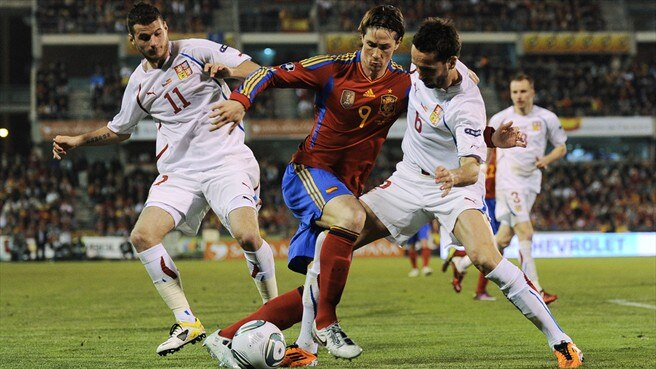 Xavi gives credit to Torres after tricky assignment
