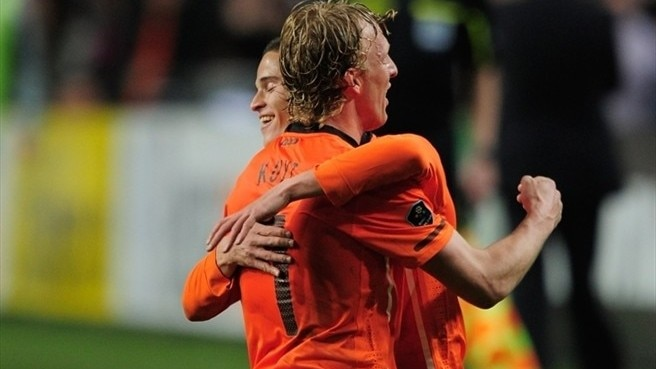 Kuyt kills off brave Hungary for Netherlands