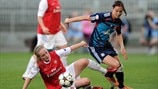 Kim Little (Arsenal LFC) & Lotta Schelin (Olympique Lyonnais)
