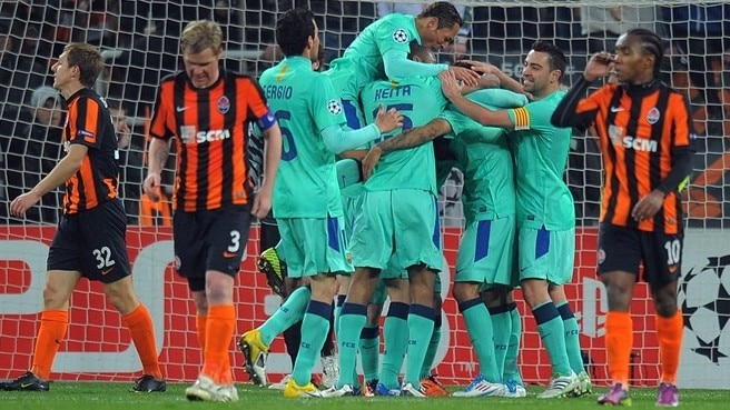 Barcelona through as Messi gives Shakhtar lesson