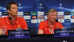 Press conference: Sir Alex Ferguson & 	Edwin van der Sar (Man. United)