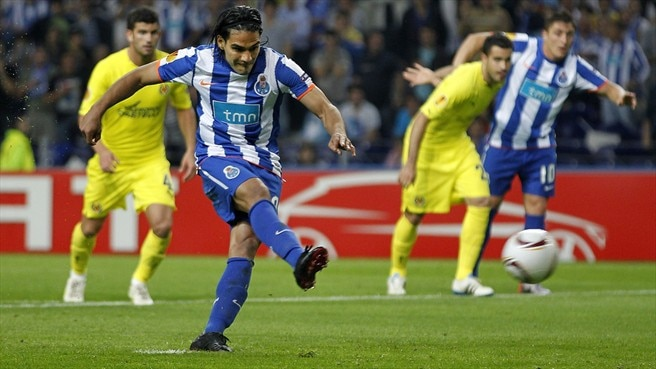 Fifteen-goal Falcao equals Klinsmann's feat