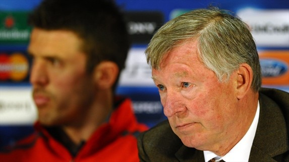 Press conference: Sir Alex Ferguson & Michael Carrick (Man. United)