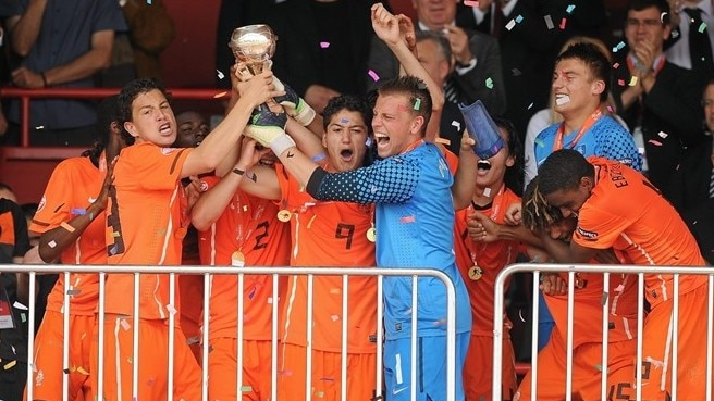 Netherlands see off all comers in Serbia
