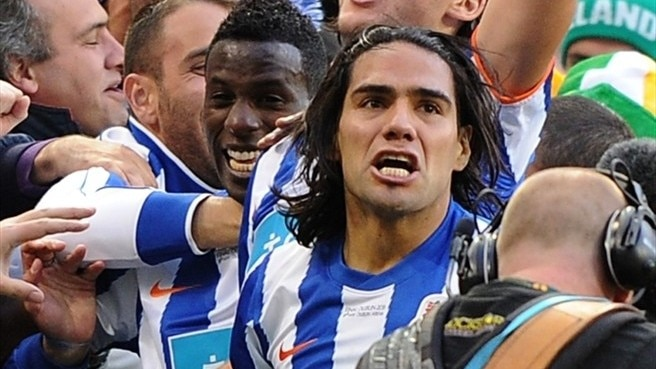 Porto secure new terms with Falcao