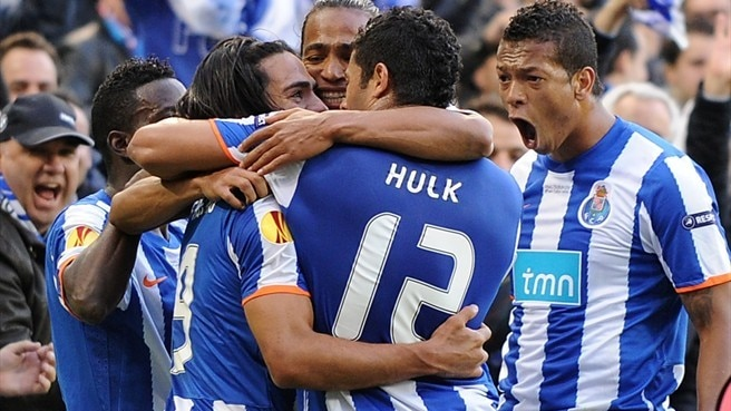 Porto climb all-time honours list