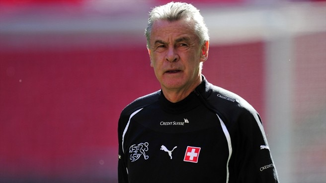Hitzfeld's Switzerland taking Iceland in their stride