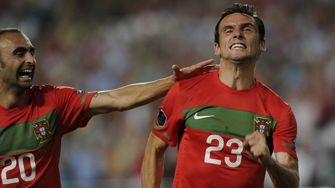 Postiga pleased with Portugal's winning edge