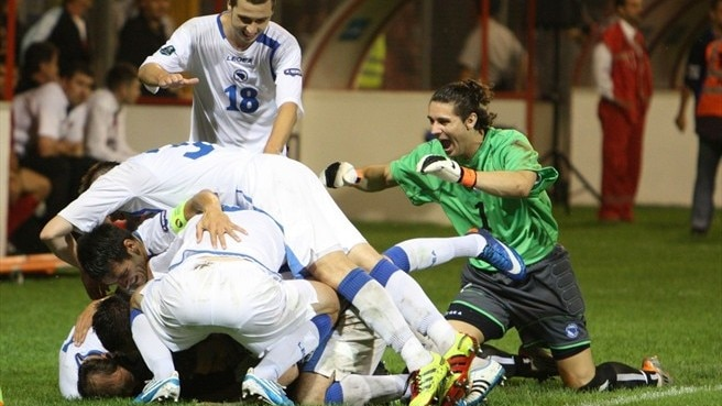 Bosnia and Herzegovina defeat ten-man Albania