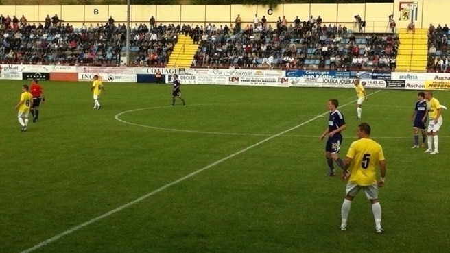 Maribor make hay against nine-man Dudelange