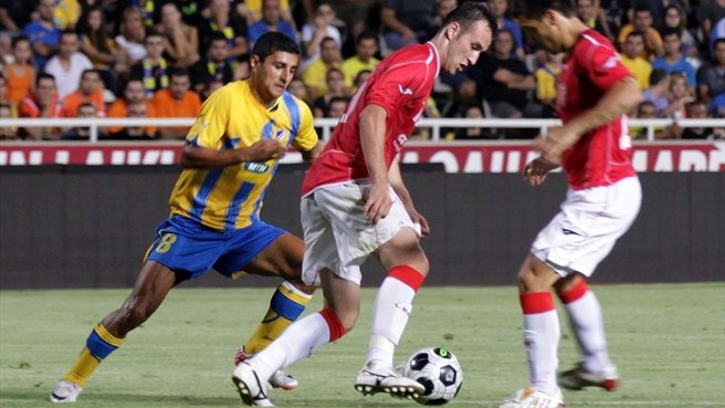 APOEL hit four to see off Skënderbeu