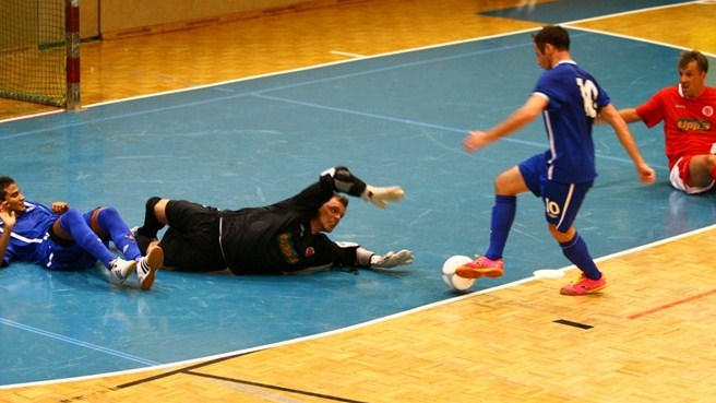 Helvécia hope for English futsal first