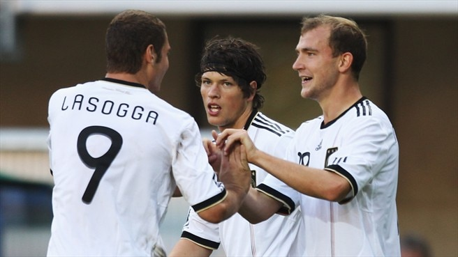 Germany stroll to San Marino success