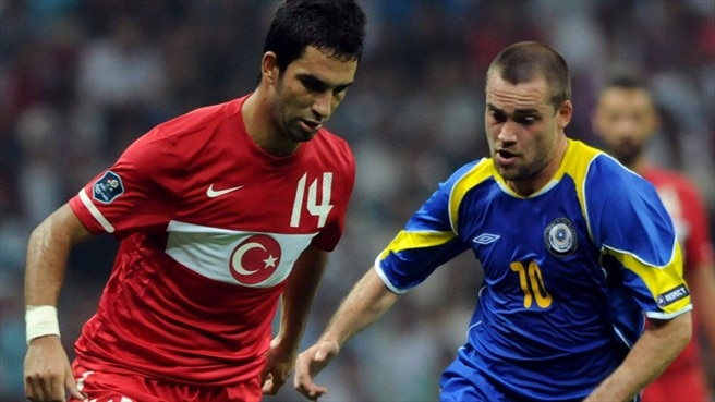 Arda late show gives Turkey advantage