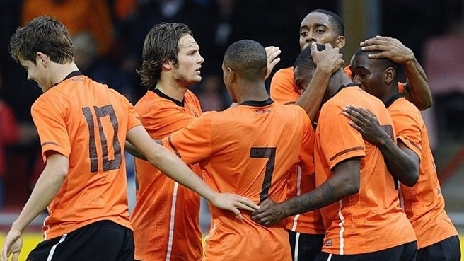 Netherlands make light work of Luxembourg