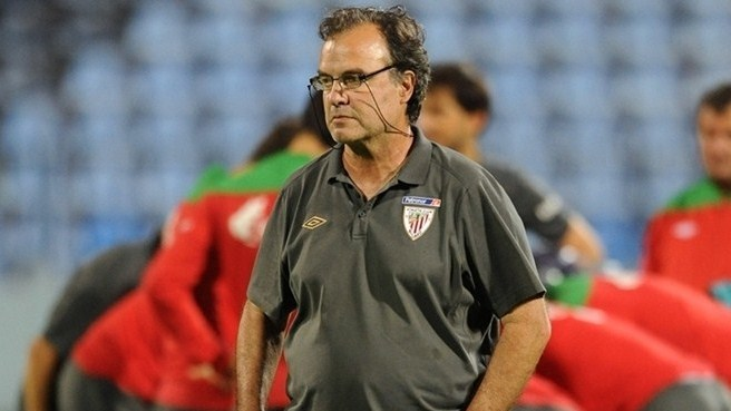 Bielsa adds fire and flair to Athletic