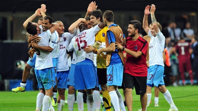 Trabzonspor triumph and Giggs strikes again