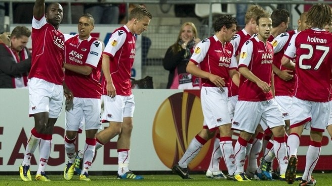 AZ get out of jail at home against Austria Wien