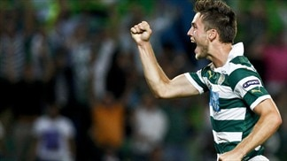 Sporting earn fans' acclaim with Lazio win