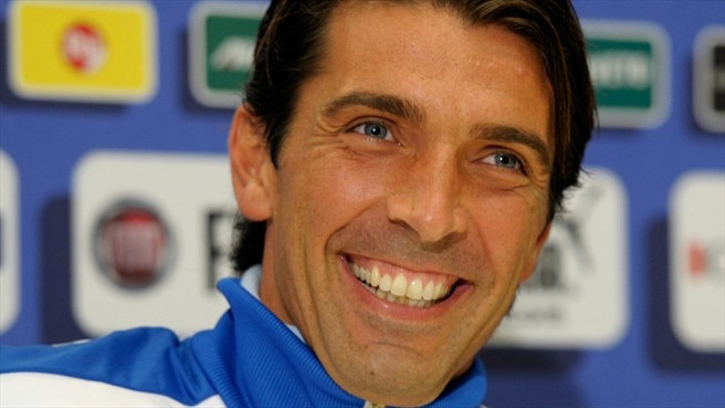 Buffon proud to match Zoff's Italy mark