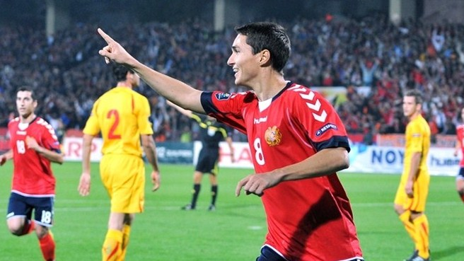 Armenia beat FYROM to keep dream alive