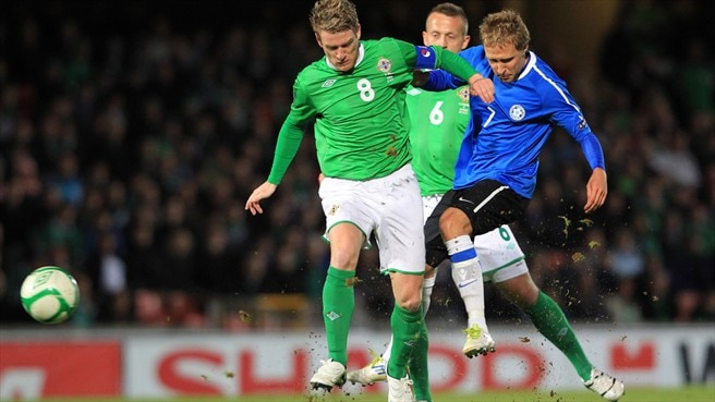 Steven Davis (Northern Ireland) & Sander Puri (Estonia)